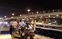 Clip: Tài xế taxi nhảy xuống đường tự vẫn sau tai nạn