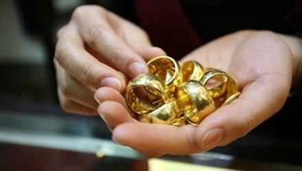 Vàng giả Trung Quốc tuồn vào Việt Nam lừa cả tiệm vàng
