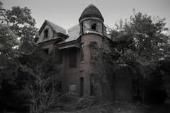 Cận cảnh những ngôi nhà ma ám rùng rợn nhất ở Mỹ