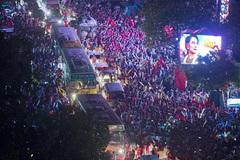 Cuộc đời đầy chương hồi kịch tính của Aung San Suu Kyi