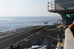 Sức mạnh vô song của tàu sân bay Mỹ