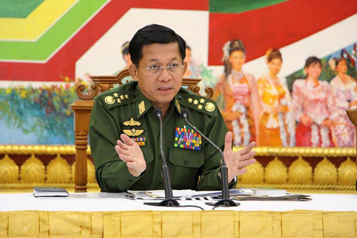 Tướng quân đội Myanmar chúc mừng bà Suu Kyi