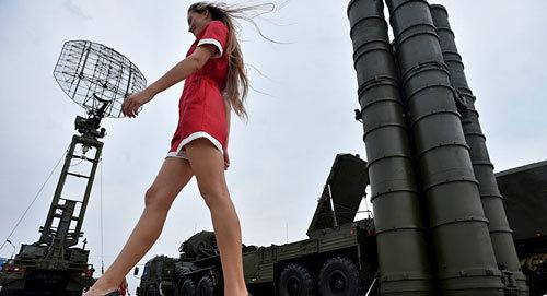 Vũ khí nóng trong tay Putin: Nỗi lo sợ của Obama