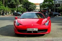Ferrari của thiếu gia Phan Thành tái xuất trên đường Sài Gòn
