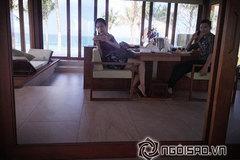 """Thủy Tiên - Công Vinh """"sang chảnh"""" đi nghỉ mát"""