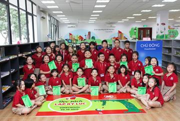 Học sinh cùng đọc sách lập kỉ lục Việt Nam