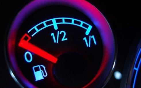 tiết kiệm xăng, tiết kiệm nhiên liệu, mẹo vặt lái xe, kinh nghiệm lái xe ô tô