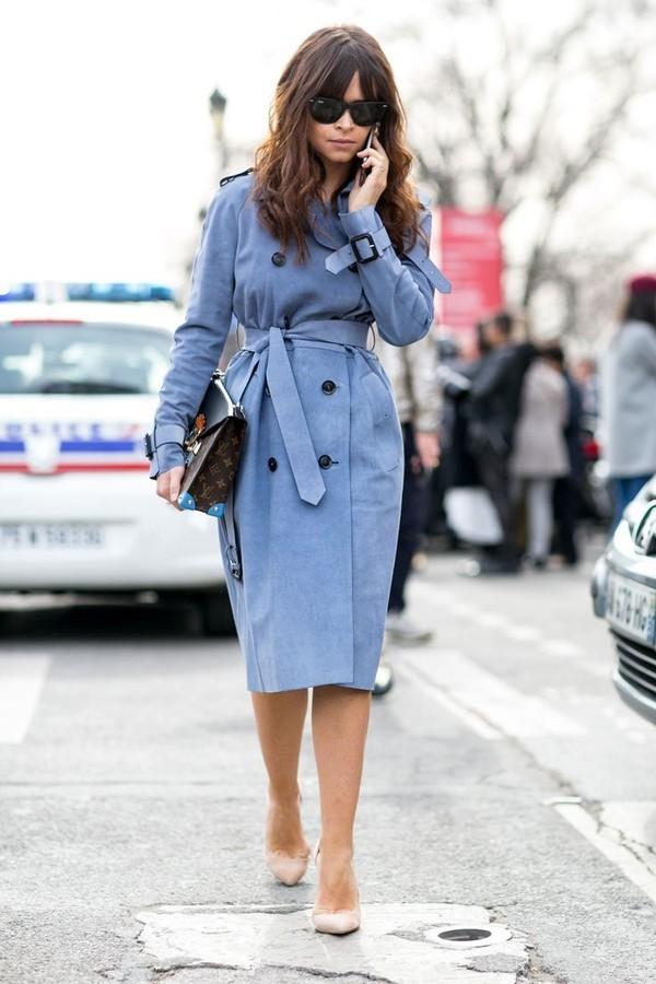 Áo khoác dáng dài mặc thành váy