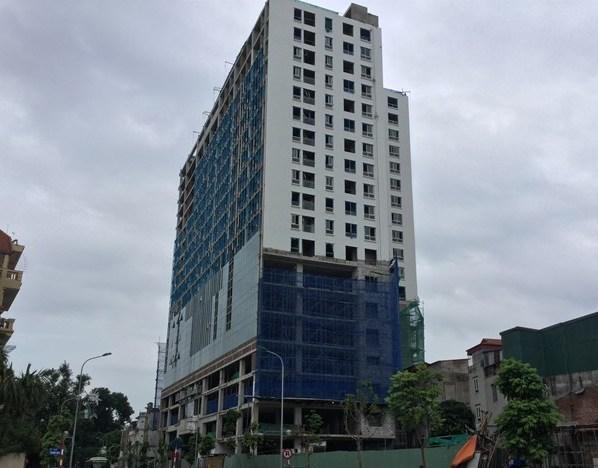 Thẩm định phương án 'cắt ngọn' tòa nhà 8B Lê Trực