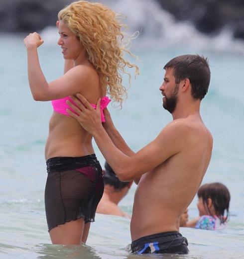Đến lượt Pique - Shakira bị tống tiền vì clip sex