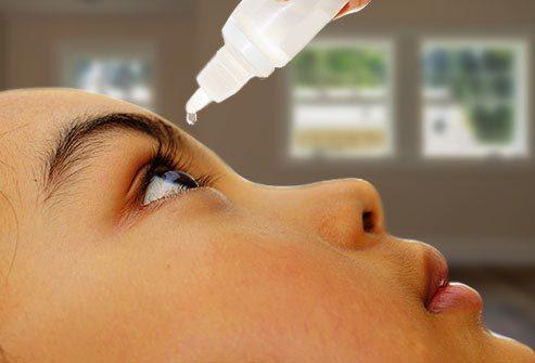 Thuốc nhỏ mắt có thể ngăn chặn cận thị ở trẻ