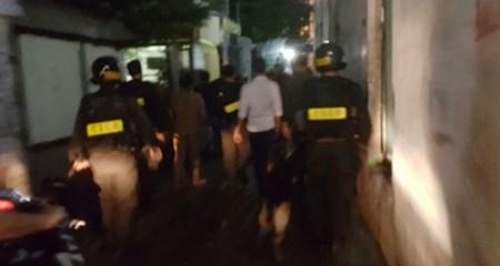 Bắt giữ 15 đối tượng tổ chức 'chợ ma túy' ở Sài Gòn