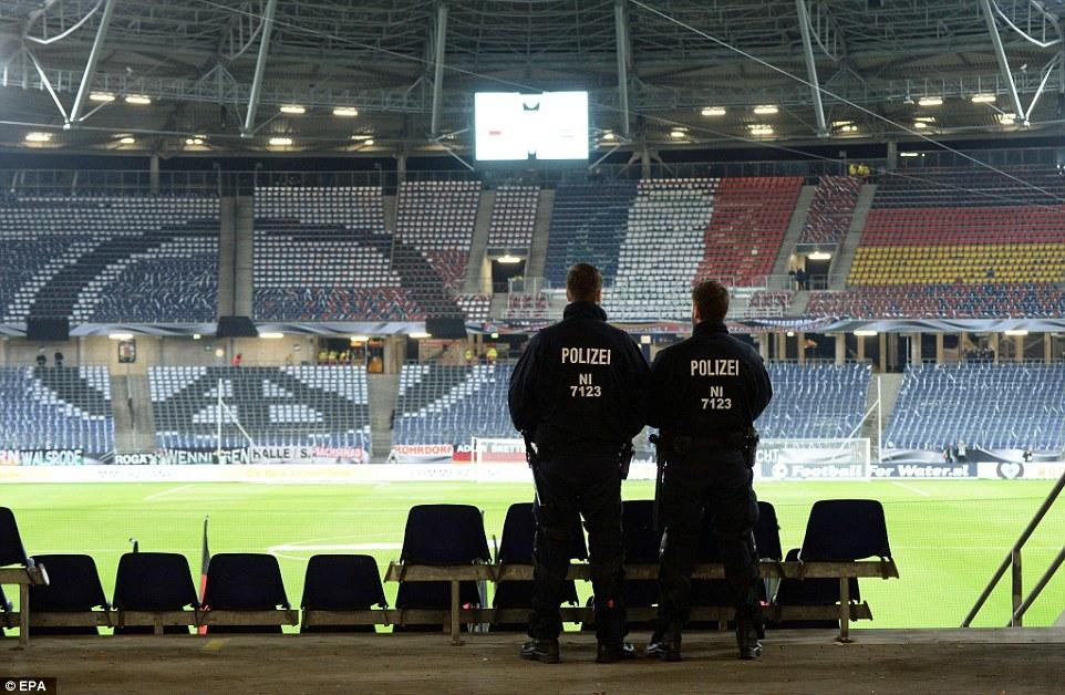 Hủy trận Đức - Hà Lan vì nguy cơ khủng bố