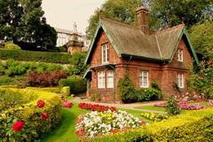 Chìm đắm trong vẻ đẹp ngất ngây của những ngôi nhà phủ toàn hoa hồng
