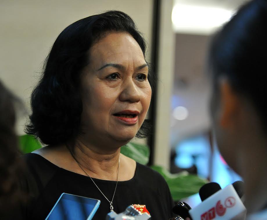 'Bộ trưởng thoái thác nhưng dù sao cũng đã nói sự thật'