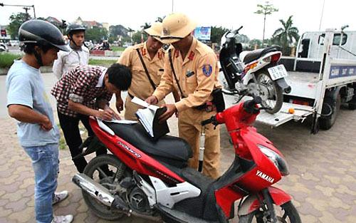 pháp luật, công an, giao thông, xử phạt, vi phạm
