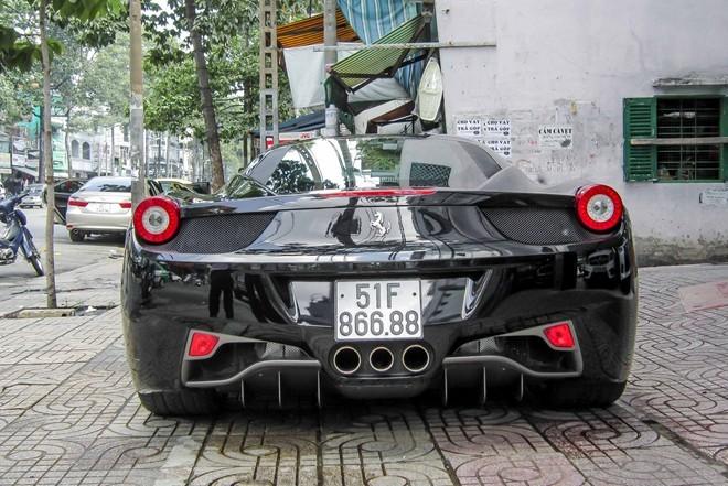 Siêu xe Ferrari 458 Italia biển số đẹp xuất hiện ở Sài Gòn