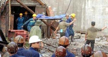 Hòa Bình:  Sập mỏ than, 3 người chết và mất tích
