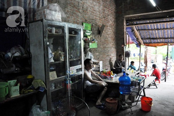 Cảnh sống khó tin trong biệt thự... 35 tỷ đồng giữa Hà Nội