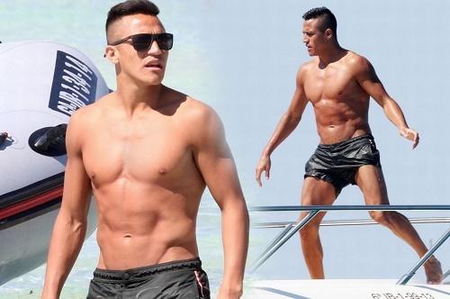 Sanchez: Quay cuồng yêu và sở thích bệnh hoạn