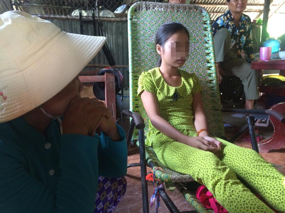 Thảm án ở Long An: Con gái lớn sống sót đang sốc nặng