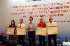 VietNamNet nhận bằng khen của Văn phòng Chính phủ