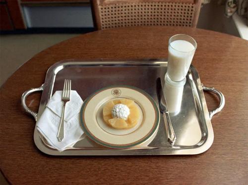 Kinh ngạc với bữa ăn cuối cùng của Nixon ở Nhà Trắng