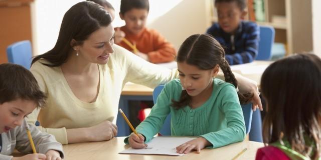phong bì, tặng cô, ngày 20/11, giáo dục, tri ân, nhà giáo; vietnamnet; tin nong; tin moi; phong bì