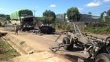 Tông trực diện, xe tải gãy làm 3, tài xế tử vong