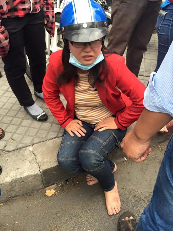 """CSGT nổ súng khống chế tài xế """"xe điên"""" ở Sài Gòn - Ảnh 4"""