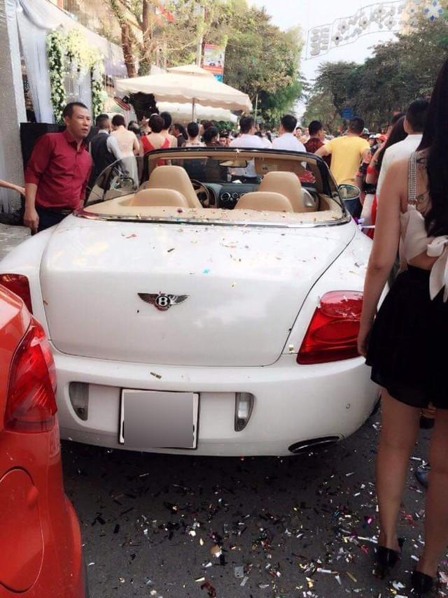 Choáng ngợp với dàn siêu xe đón dâu tại Nam Định