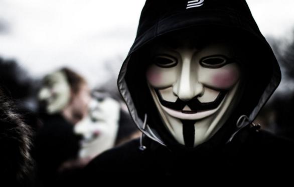 Động cơ ẩn sau việc Anonymous tấn công IS là gì?