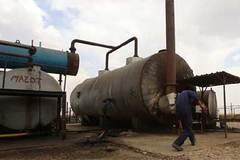 Kẻ bí ẩn giúp IS tiêu thụ dầu thô là ai?