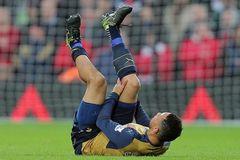 Arsenal nhận tin dữ: Coquelin nghỉ hết năm