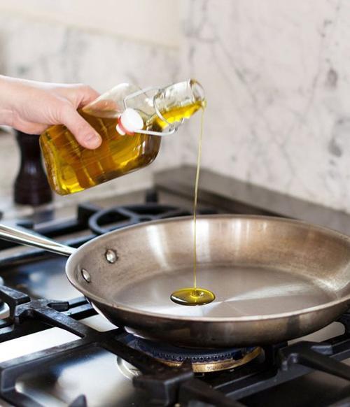 10 lỗi thường gặp trong nấu ăn nhiều chị em mắc phải