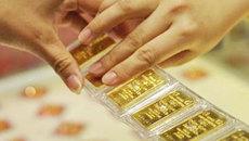 USD lên đỉnh, vàng thấp nhất 5 năm qua