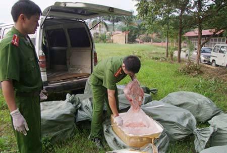 Đặc sản nầm sữa: Dân nhậu Việt sá gì đồ thối