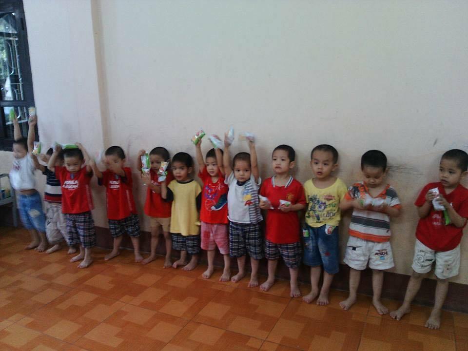 12 bé trai bị bắt cóc đã được giải cứu, đang tìm cha mẹ
