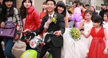 Những màn rước dâu độc đáo, khó 'đụng hàng' ở Việt Nam