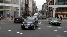 Sang Nhật càng xấu hổ cho kiểu lái ôtô Việt Nam