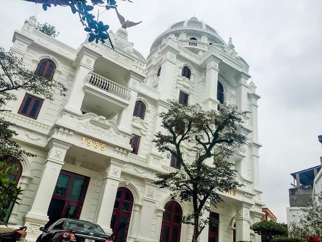 Biệt thự trắng trăm tỉ của nữ doanh nhân Phú Thọ