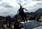 Nhóm vũ công mặc như IS gây náo loạn thành phố