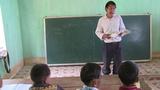 Chia sẻ của thầy giáo trong vụ trò đọc ngược sách