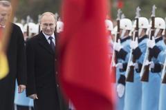 Sau 'phát súng cảnh cáo', Putin thề sẽ trừng phạt