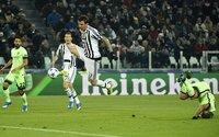 """Man City bị Juve """"cướp"""" mất ngôi đầu bảng"""