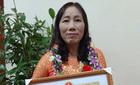 18 năm dạy trẻ, cô giáo  về nhà dùng ký hiệu với chồng