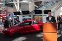 Ôtô siêu tiết kiệm 0,9 lít xăng/100km
