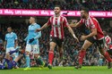 Shane Long rút ngắn tỷ số cho Southampton