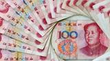 Trung Quốc một năm khủng hoảng: Ôm tỷ đô tháo chạy