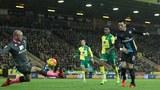 Ozil dứt điểm khéo léo mở tỷ số cho Arsenal
